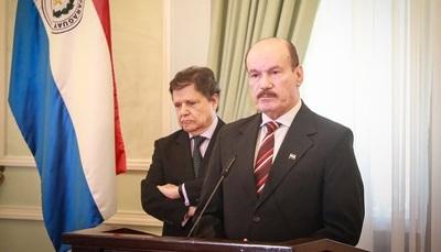 Ministro de Defensa insta a la población a cumplir con las medidas sanitarias