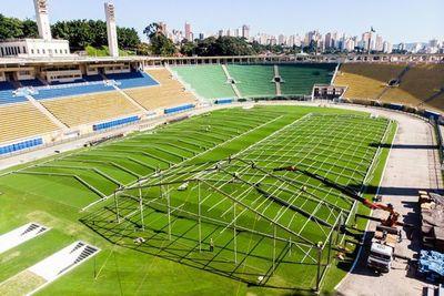 Estadio Pacaembú ya se monta como hospital