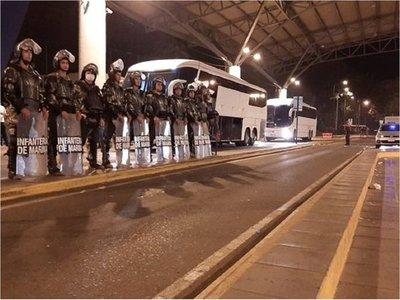 Paraguayos llegaron desde Brasil y cumplirán cuarentena en un hotel