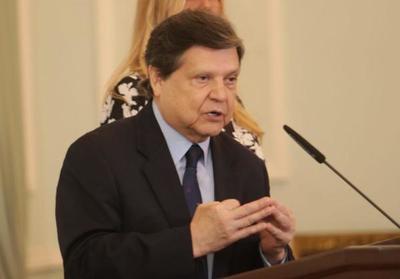 Acevedo: Paraguay decide cierre total de fronteras a partir del domingo. Los que no obedezcan serán obligados a cumplir la cuarentena en dependencias militares