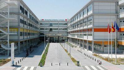 Impactantes imágenes muestran a pacientes con coronavirus tirados en el suelo y amontonados en pasillos en hospitales de Madrid