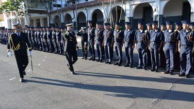 Defensa gasta G. 1.453 millones en uniformes
