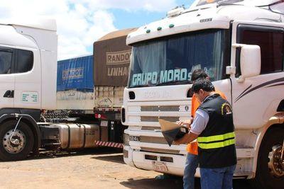 Elevado movimiento de cargas en frontera registró la Dinatran