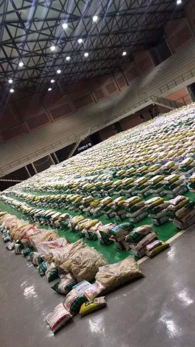 Comuna esteña prepara víveres para entregar a los más necesitados