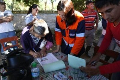 Conforman mesa de trabajo para entrega de kits en Pilar