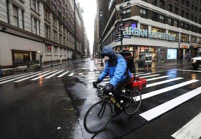 Nueva York supera los 30.000 casos de Covid-19 y alerta del agujero económico