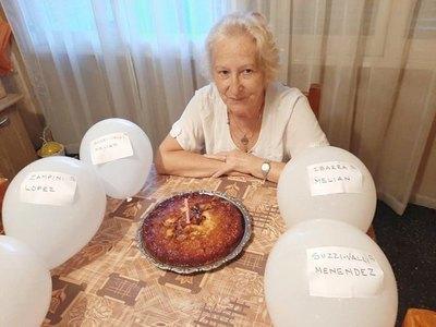 Usaron globos para completar la familia