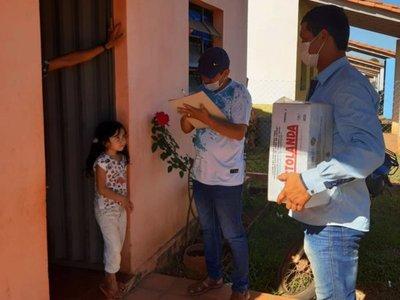 Por cuarentena  entregan  merienda escolar a los niños de Canindeyú