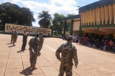 Paraguayos aislados en Academia Militar ni al patio salen