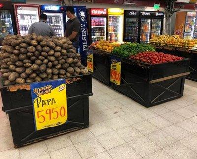 Ingresan más frutas y verduras y precios se normalizan, dice el MAG