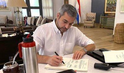 Presidente aprueba modificaciones de Congreso y promulga Ley de Emergencia