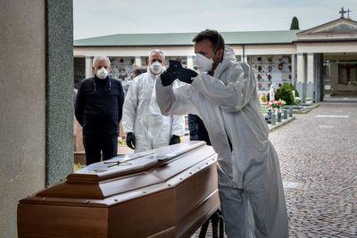 Casi 22.000 muertos en el mundo por coronavirus