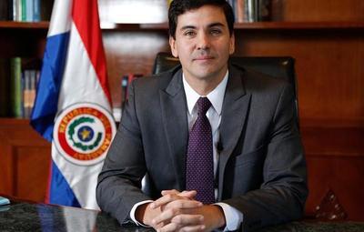 """Santiago Peña: """"Paraguay no puede volver a ser el mismo después de esta crisis"""""""