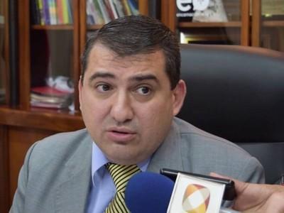 Reclaman urgente transferencia de fondos a Hacienda y piden a ministro que deje de lado la burocracia
