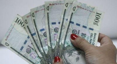 Nueva ley de emergencia suspende aumentos salariales y recorta privilegios