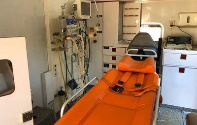 Hospital de CDE recibe  una ambulancia  equipada