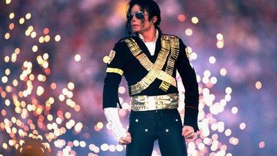 El Rey del Pop aporta su granito de arena en la pandemia