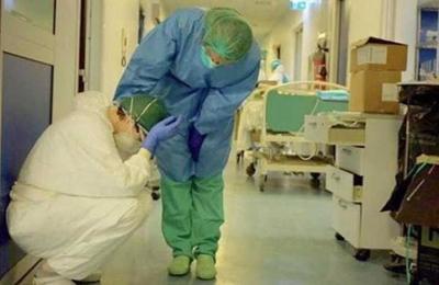 Fotos de un enfermero muestran la crisis en los hospitales de Italia por el covid-19