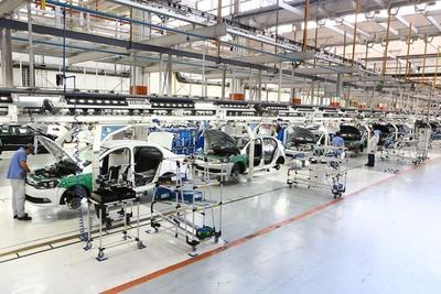 La industria automotriz de Brasil interrumpe producción debido a la COVID-19