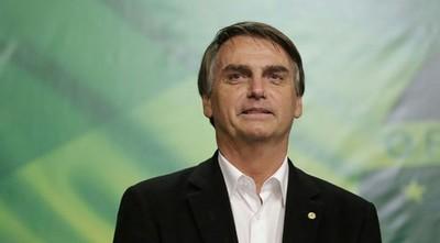 Bolsonaro anuncia USD 8.000 millones para que pymes paguen salarios