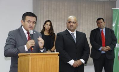HOY / Ministerio de Educación pide a colegios reducir costos de sus cuotas