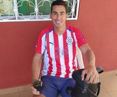 Jugador paraguayo renunció a su club y desea volver al país