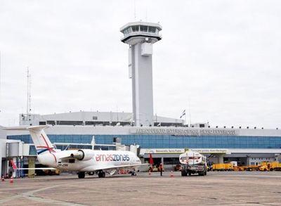 Aeropuertos seguirán cerrados hasta abril