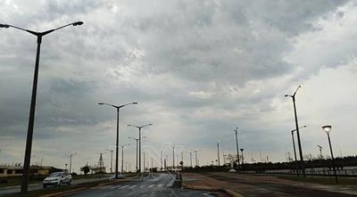 HOY / Sábado de lluvias y tormentas eléctricas para disfrutar en casa