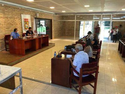 Incidente por denuncia de supuesta sobrefacturación de kits de alimentos en CDE
