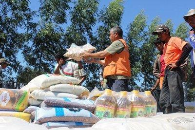 Covid-19: Supermercadistas luqueños donaron 5 mil kits para familias carenciadas •