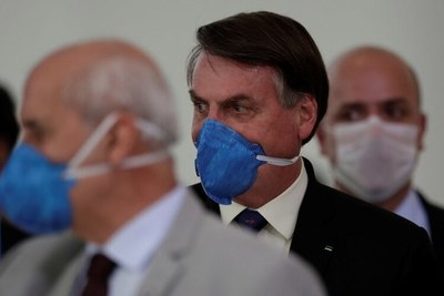 """Twitter eliminó publicaciones de Jair Bolsonaro por """"violar las reglas de la red social"""""""