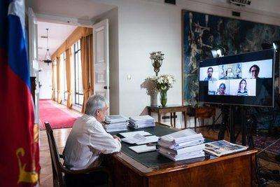 Chile anuncia beneficios y prorrateo de cuentas para el 40% más vulnerable