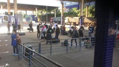 Siguen llegando PARAGUAYOS desde San Paulo, epicentro del CORONAVIRUS en Sudamérica