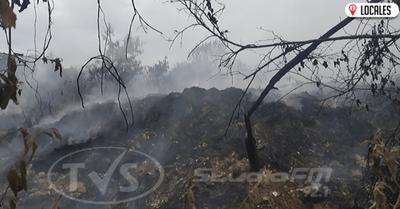 Pobladores exigen solución ante incesante humo en el B° San Antonio Ypekuru