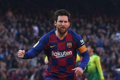 Messi anunció la reducción de salarios en Barcelona
