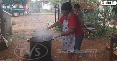 Vecinos apelan a la solidaridad de la ciudadanía para seguir con la «olla popular»