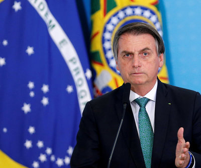 Twitter elimina videos de Bolsonaro contra el Covid-19