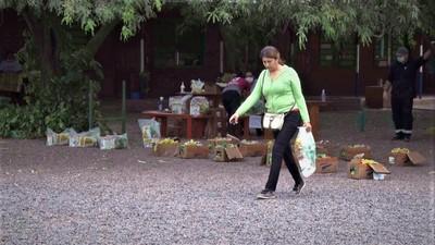 Entregaron merienda escolar para padres de alumnos en Boquerón