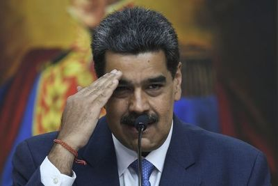 """Maduro pide a presidentes del mundo apoyo por """"persecución"""" de EE.UU."""