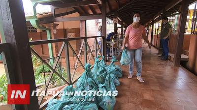 DOCENTES CUMPLIERON ORDENADA ENTREGA DE ALIMENTOS PARA ESCOLARES.