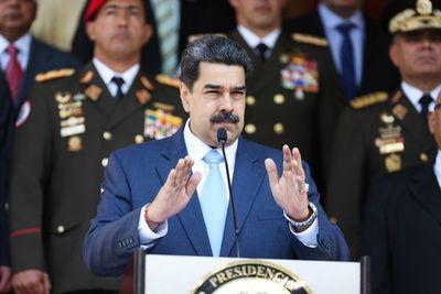 EE.UU. ve más probable que el entorno de Maduro le traicione tras acusación