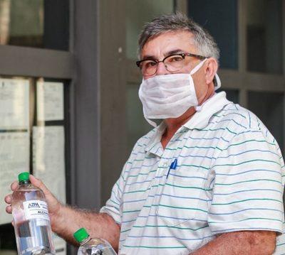 Conductores de MUV tendrán alcohol para desinfectar sus autos gracias a aporte