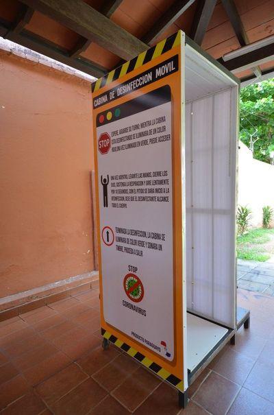 Cabinas de desinfección: la propuesta de 3 jóvenes ante el cierre de sus negocios