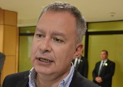 Senadores del PLRA buscan que multas de la SET vayan a salud