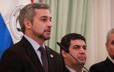 Abdo Benítez se declara adversario de funcionarios de Itaipú que amenazaron