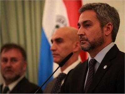 Abdo suspende aportes y subsidios a partidos políticos