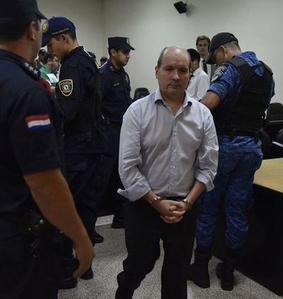 Carlos León plantea hábeas corpus