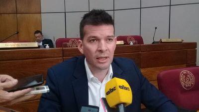 """Godoy urge que se trate ya proyecto para reestructurar el Estado porque """"nuestra vida democrática está en juego"""""""