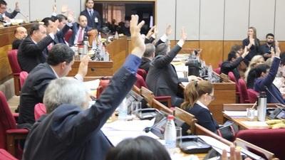 Senado trata hoy ampliación de mandato de Intendentes, eliminación del Parlasur y ley de Royalties