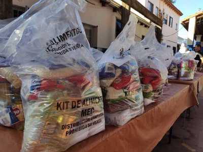 Continúa entrega de kits de alimentos en instituciones educativas